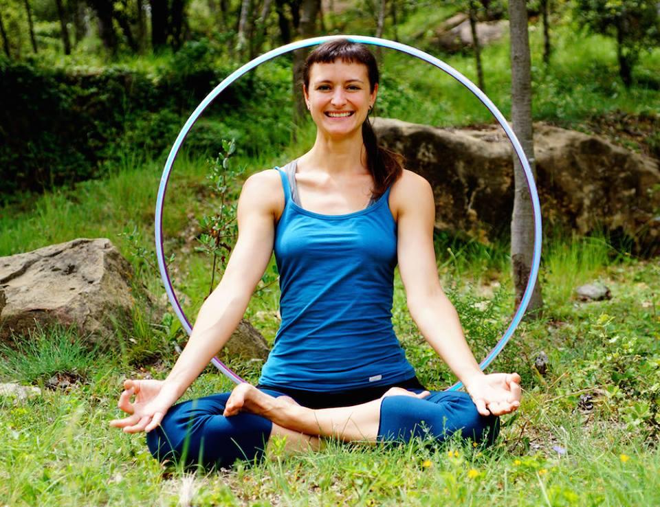 Lisa Looping new yoga pic