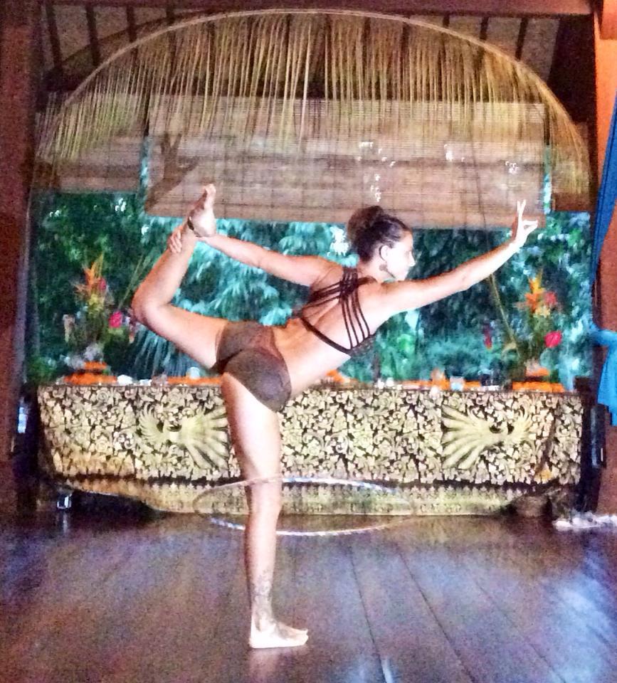 yoga top 2